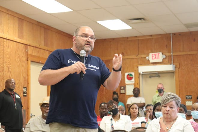 Georgetown Estates resident Pete Carpico expressed indignation over the pollution issues at the Republic Steel plant in Canton.