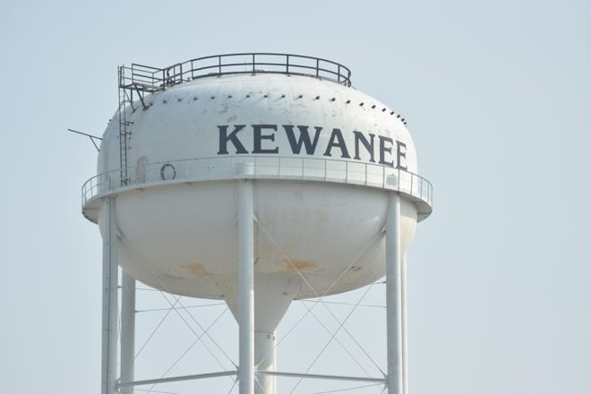 Painting and repairs to Kewanee's north water tower are under way, and completion is expected in mid-September.