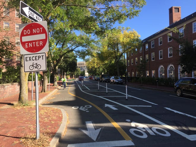 Separated bike lanes were installed along Brattle Street.