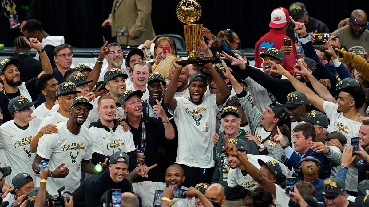 Bucks' 50-year wait ends with a title behind 50 from Giannis 1