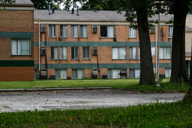 A building in the Woodland Park Apartments complex located on Evansville's South Side is pictured Wednesday, July 21, 2021.