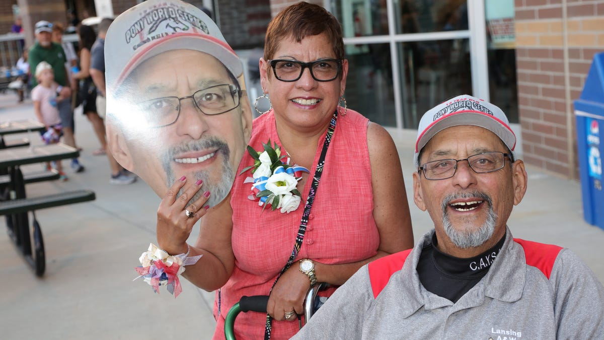'A life of service': Legendary Lansing youth coach Javier Cavazos bids farewell