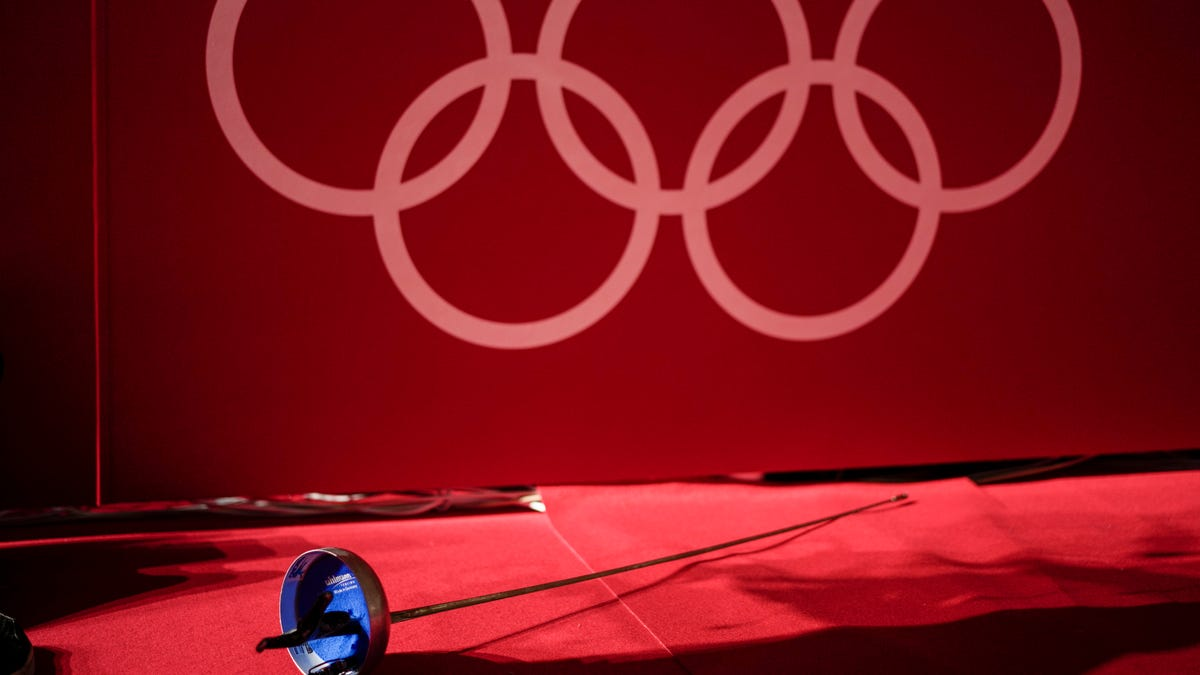US fencer accused of sexual misconduct sad with therapy at Tokyo Olympics