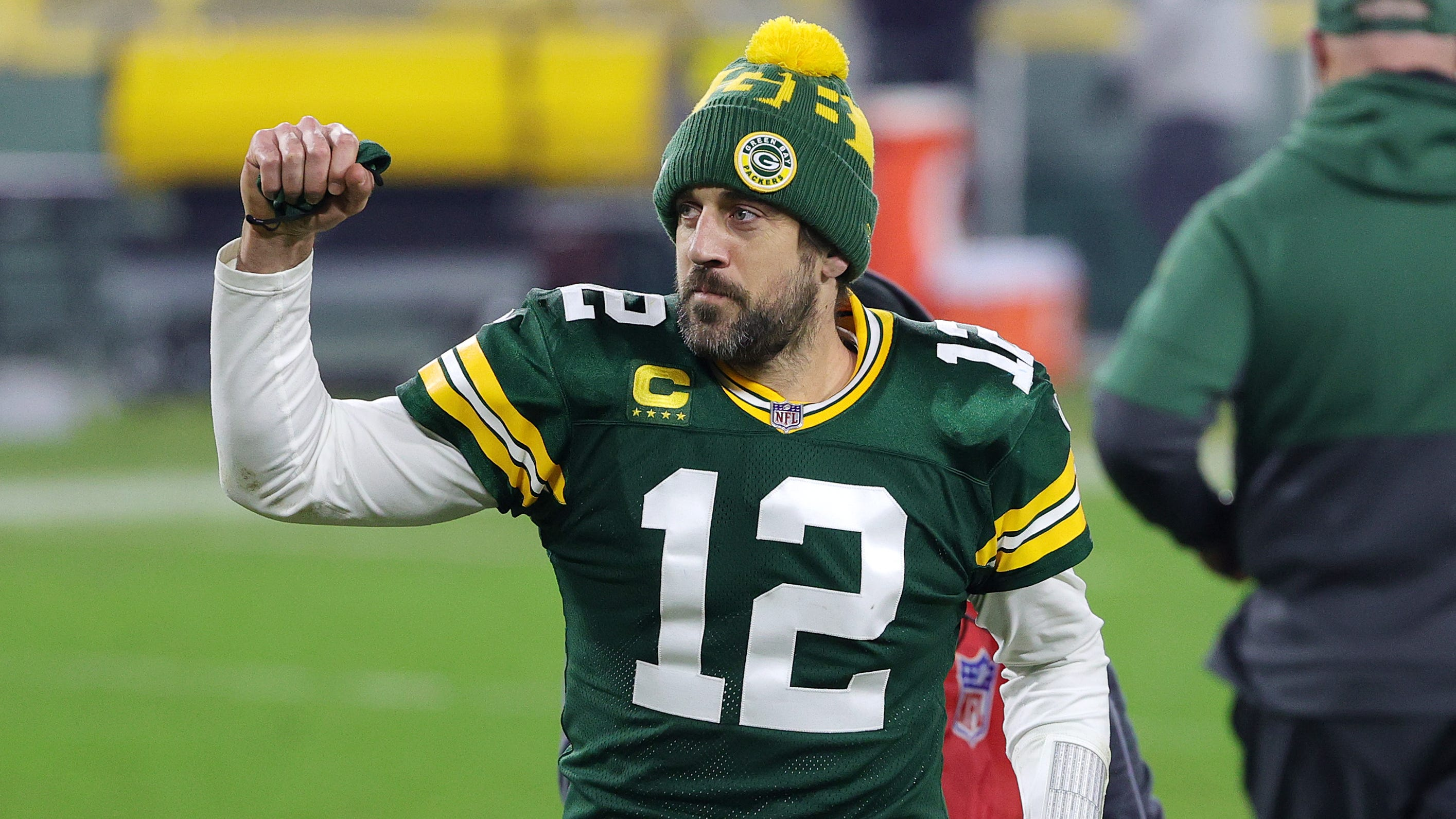 Aaron Rodgers closing in on reworked contract with Green Bay Packers as part of 2021 return