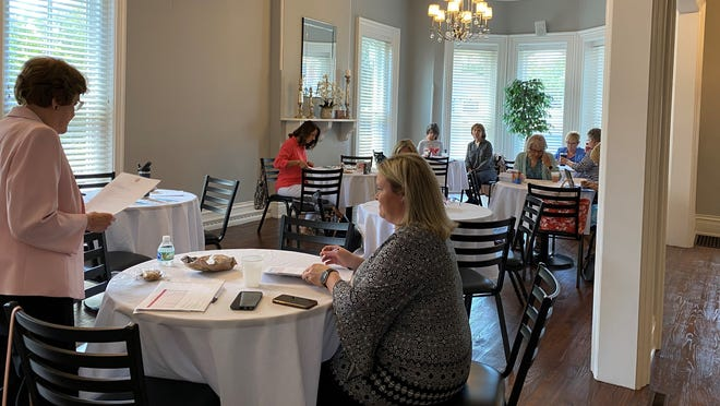 Members of the Women's Fund Steering Committee meet to finalize grant decisions for the 2021 grant cycle.