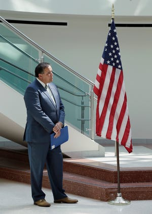Mayor Andrew J. Ginther announced that beginning Monday, Aug. 16, all city employees and visitors to city government buildings will be required to wear face coverings, regardless of vaccination status.