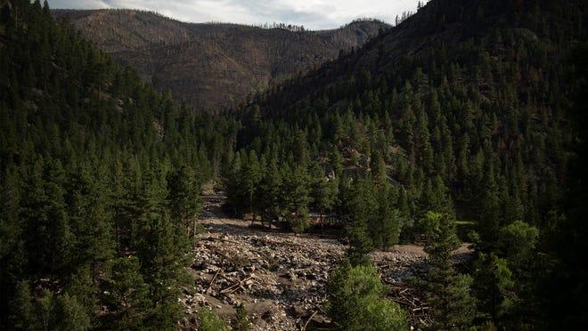 1 dead, 3 missing after Colorado floods and mudslides