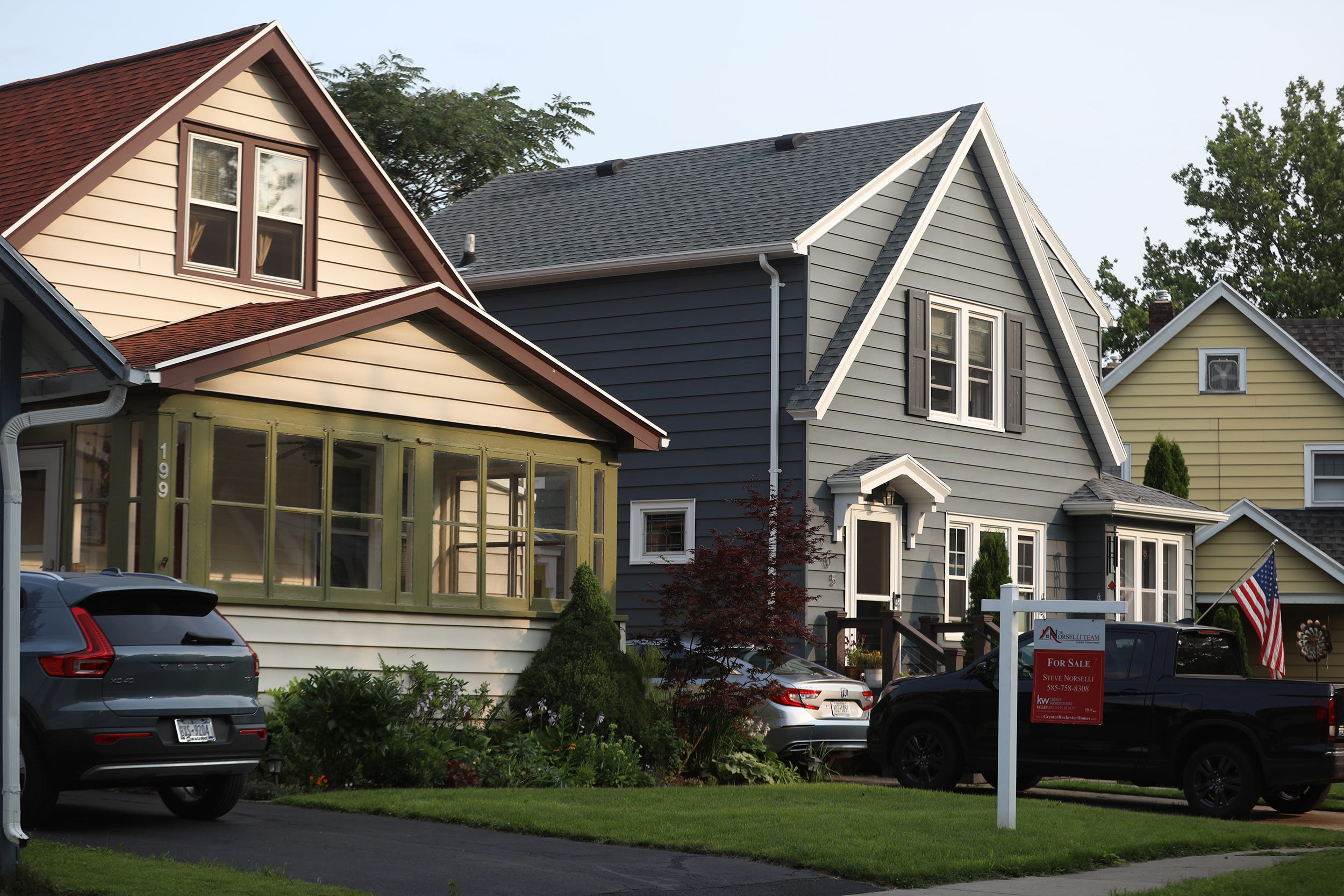lohud.com - Mario Marroquin, The Journal News - New York housing market: Sale prices way up, inventory way down, data shows