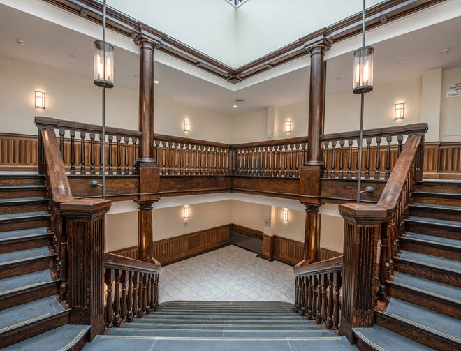Lee Kennedy Company recently completed the full restoration and renovation of the historic Harvard student residence,ClaverlyHall, concluding the first phase of the three-phase Adams House Renewal project.