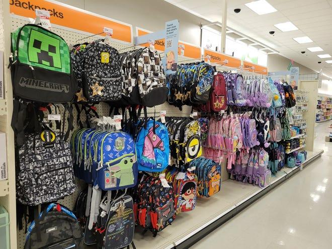 Les sacs à dos de personnage pourraient faire partie des articles qui se vendent avant l'année scolaire.