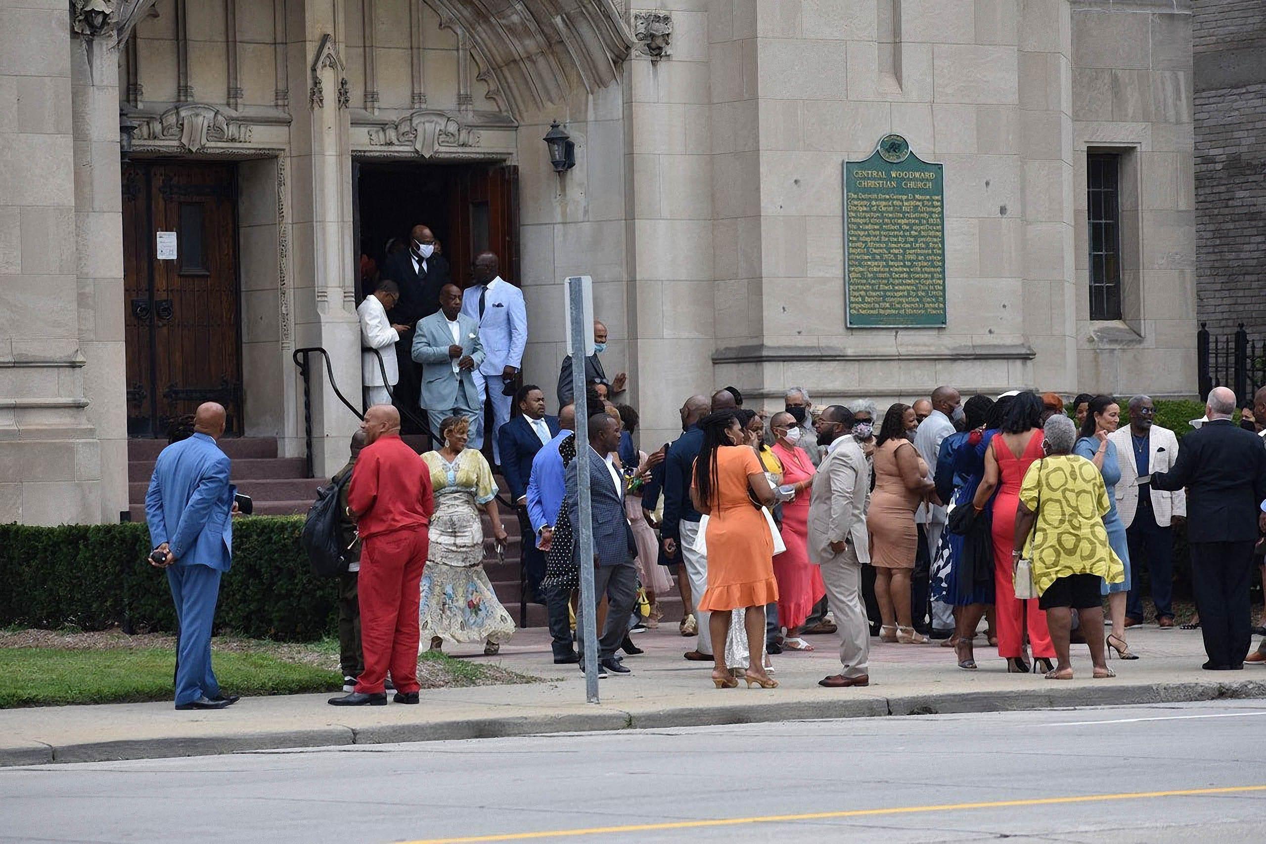 Kwame Kilpatrick marries fiancée at Little Rock Baptist Church