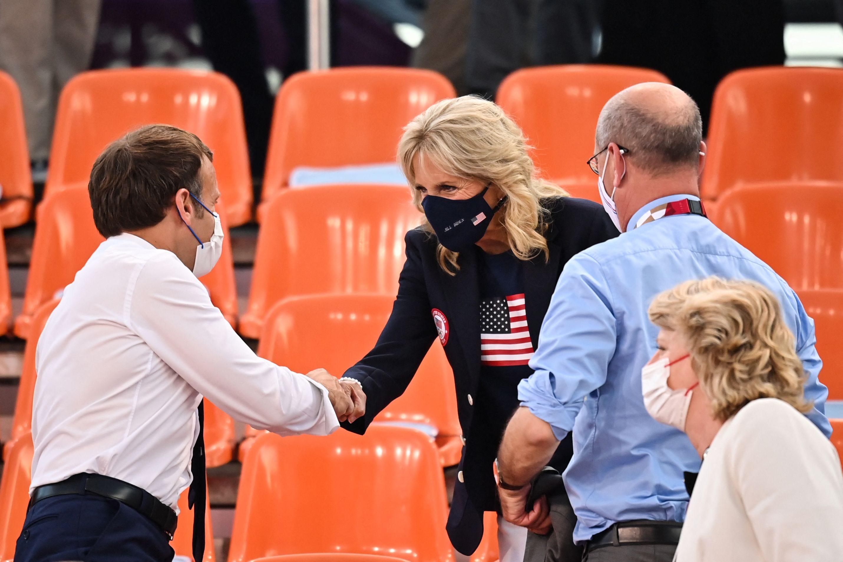 Jill Biden cheers on US women s basketball team alongside French president Emmanuel Macron