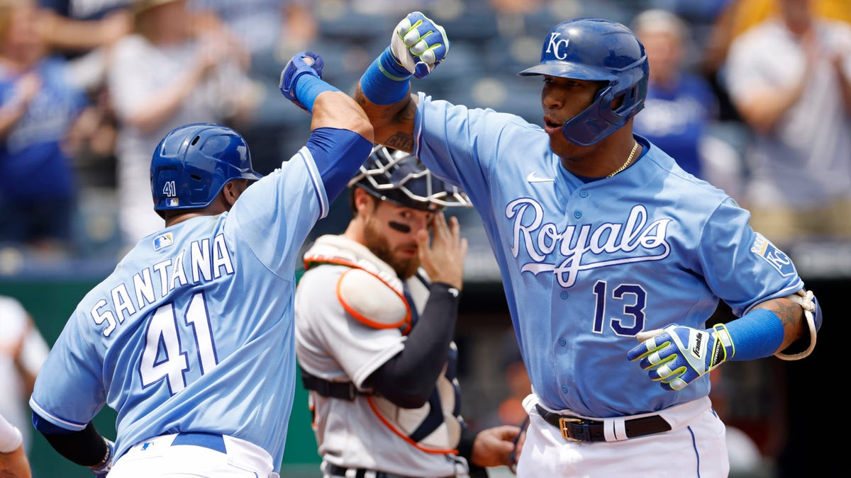 Road blues: Riding high at home, Tigers fall flat in Kansas City