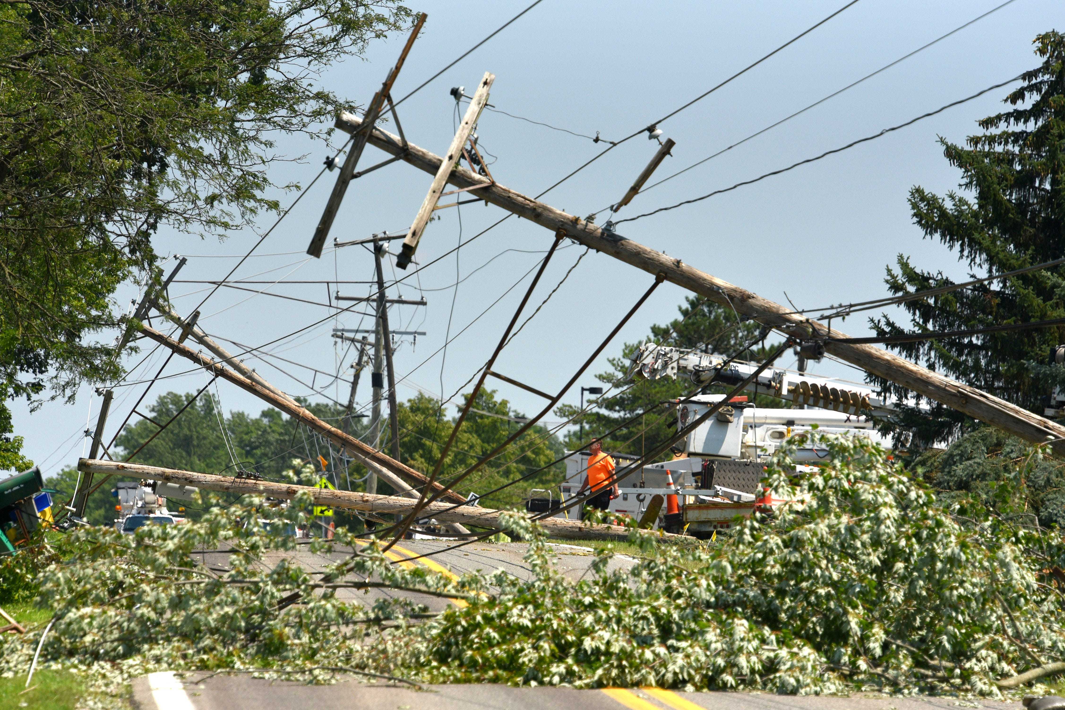 Thousands in Armada, Oakland Co. without power after storms