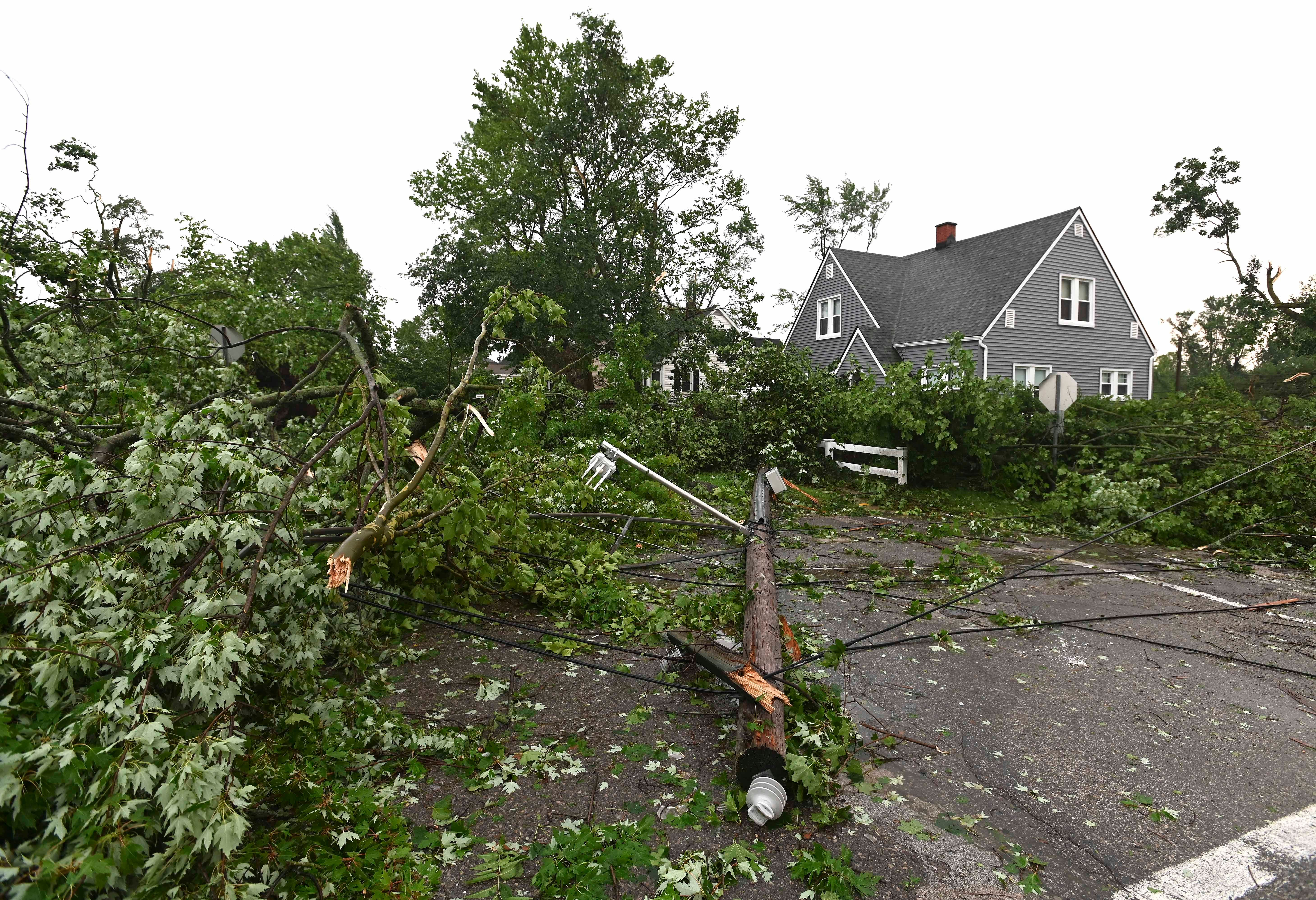 Thousands in Armada, Oakland Co. without power following severe storms, possible tornado