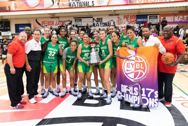 July 25, 2021: 17U Cal Stars girls basketball team holds up Nike EYBL Platinum national title trophy after winning the Platinum division championship in North Augusta, S.C.
