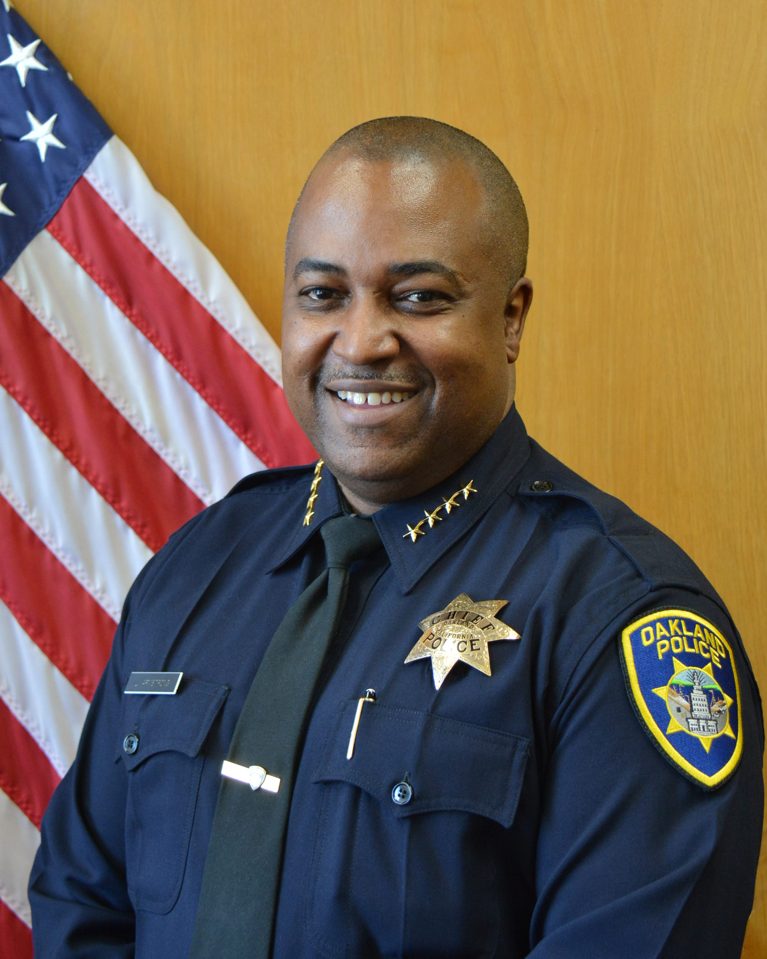 Oakland Native LeRonne Armstrong appointed to Oakland Chief of Police.