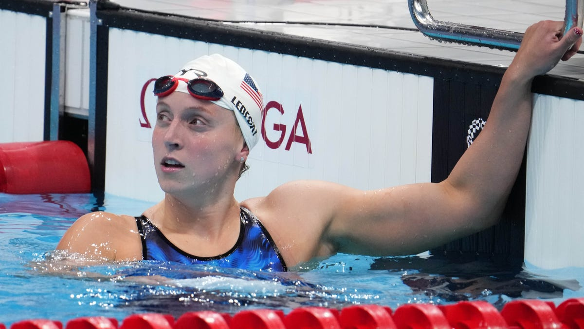 Tokyo Olympics live updates: US swimmers look to build on Sunday success