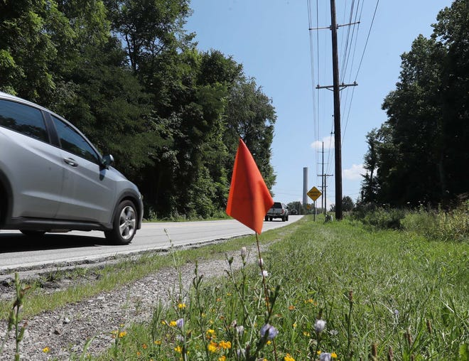 A road widening project is scheduled for the section of Portage Trail Extension West between State Road and Albertson Parkway in Cuyahoga Falls. On Monday, July 26, City Council approved hiring MS Consultants to handle the acquisition of rights of way for the project, which is scheduled to start in 2023.