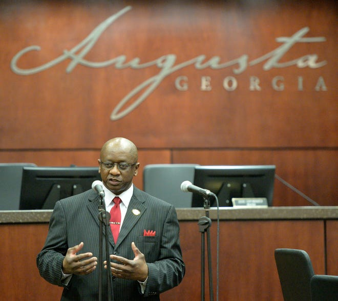 Augusta Commissioner Sammie Sias speaks after taking the oath of office for his first commission term in 2014.