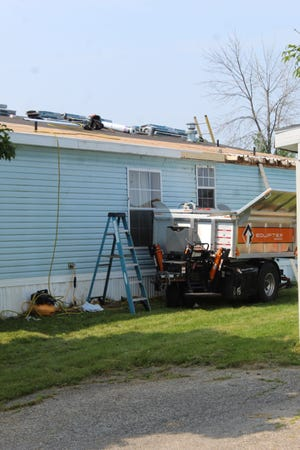 A veteran who served several tours in Vietnam was recently having some issues with his roof and was not able to afford the repairs. However, after several phone calls, local contractors and groups came together to get the roof replaced with all materials being donated.