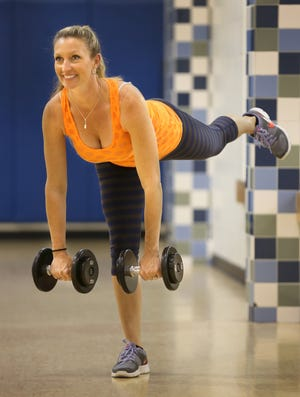 Marlo Alleva demonstrates a single leg pulsing knee move.
