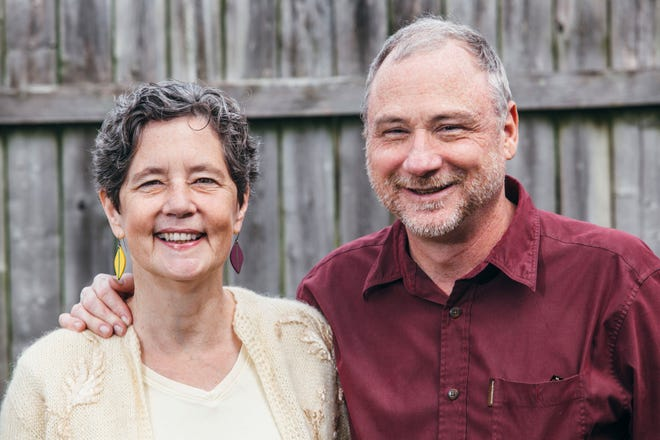 Liz McGeachy and Tim Marema, are singer-songwriters from Norris, Tenn., who have been performing together for 30 years.