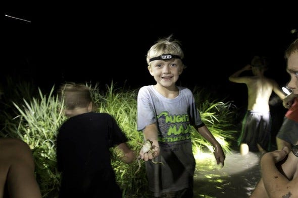MDC invites families to a free frogging clinic at Blind Pony Fish Hatchery Aug. 6. Participants will learn about safety, equipment, identification, and regulations, followed by a hands-on opportunity to put skills to the test with Missouri Department of Conservation guidance.