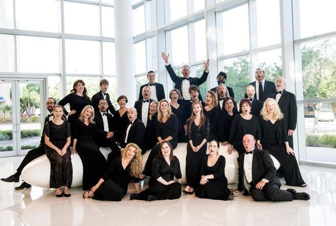 Choral Artists of Sarasota, a group of 32 professional singers, returns to live, in-person concerts in the 2021-22 season.