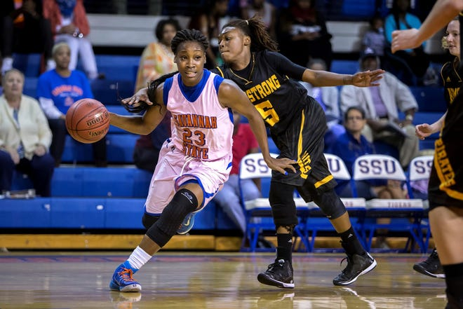 Ezinne Kalu in action against Armstrong State during her time at Savannah State.