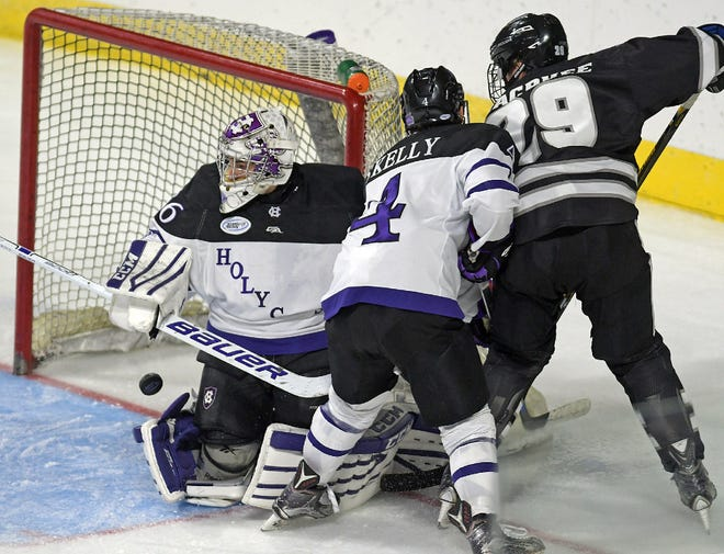 Like in 2016, Holy Cross men's hockey will open its season at the DCU Center, with the Ice Breaker in October.
