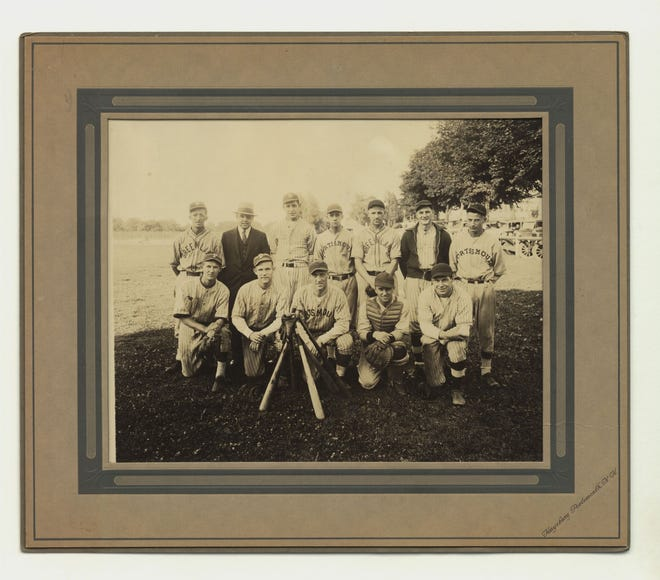 """DeMolay Baseball Team Portsmouth, New Hampshire"" (1933)."