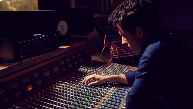 'Watch the Sound with Mark Ronson' explains technology's role in music
