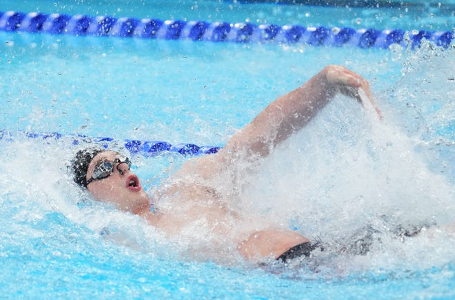 Hunter Armstrong (USA) in the men's 100m backstroke semifinals  during the Tokyo 2020 Olympic Summer Games at Tokyo Aquatics Centre on July 26, 2021.