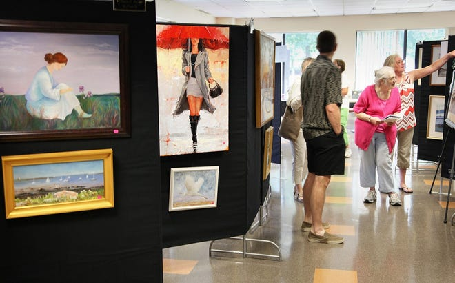 The 2021 annual Arts Affair at Marina Bay  will be held Aug 7 and 8 at Marina Bay Corporate Park in Quincy.