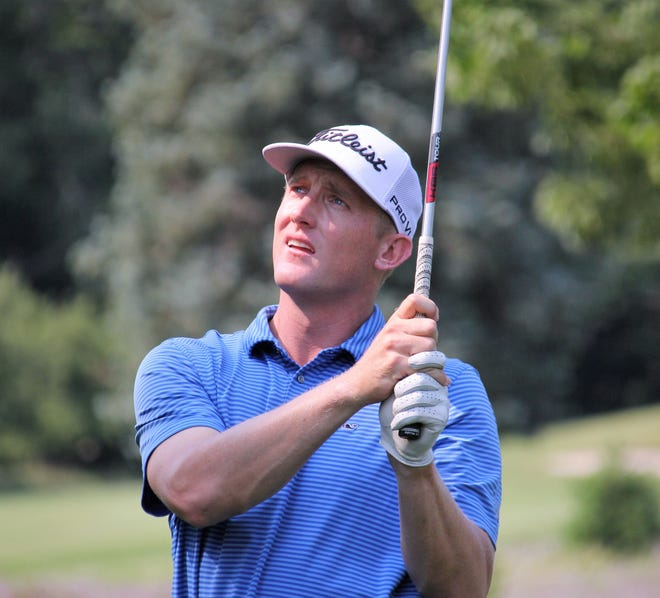 Barrett Kelpin of Kalamazoo watches a shot during the opening round of the Tournament of Champions at Boyne Mountain.