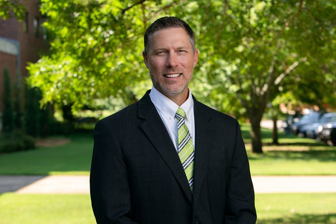 OBU welcomes Dr. Jeff Hogan as assistant professor of exercise science, sports and recreation.