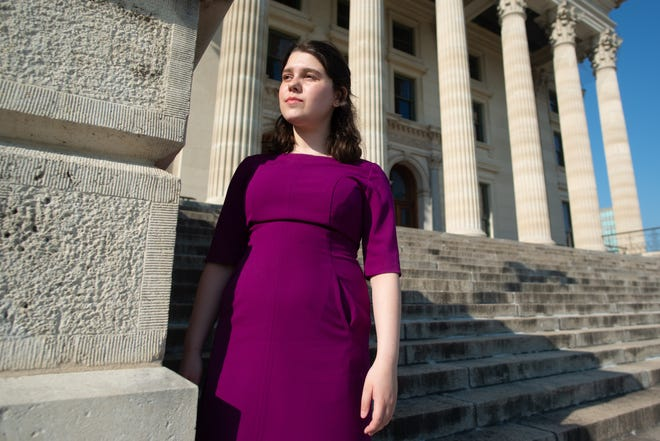 Sophie Kunin, a rising senior at the University of Kansas, has launched a petition in a bid to get the school to require vaccinations or mask-wearing for unvaccinated individuals when classes start next month.