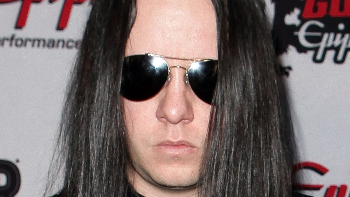 Joey Jordison, Slipknot co-founder and longtime drummer, dies at age 46