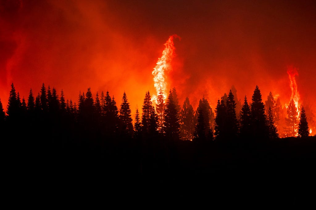 More wind, higher temps could worsen California s largest wildfire; East Coast sees more smoky skies