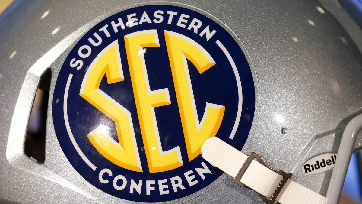 Texas, Oklahoma apply for SEC membership, one day after telling Big 12 of intent to withdraw