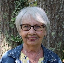 Polly Dana-Schumacher leads the BLT Volunteer Committee of 80 active members.
