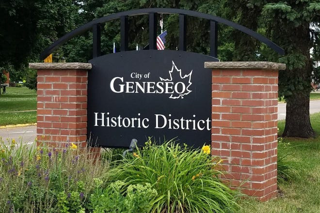 Geneseo welcome signs