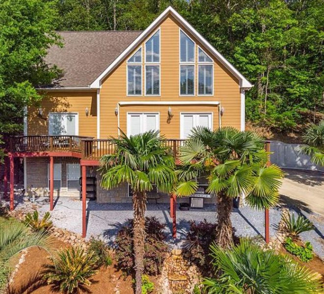 A three bedroom and three and a half bath home at 120 Jasmine Ridge Road in Jasmine Ridge Estates is for sale for $389,727.  The home's balcony provides a gorgeous view of the Elmore County countryside.