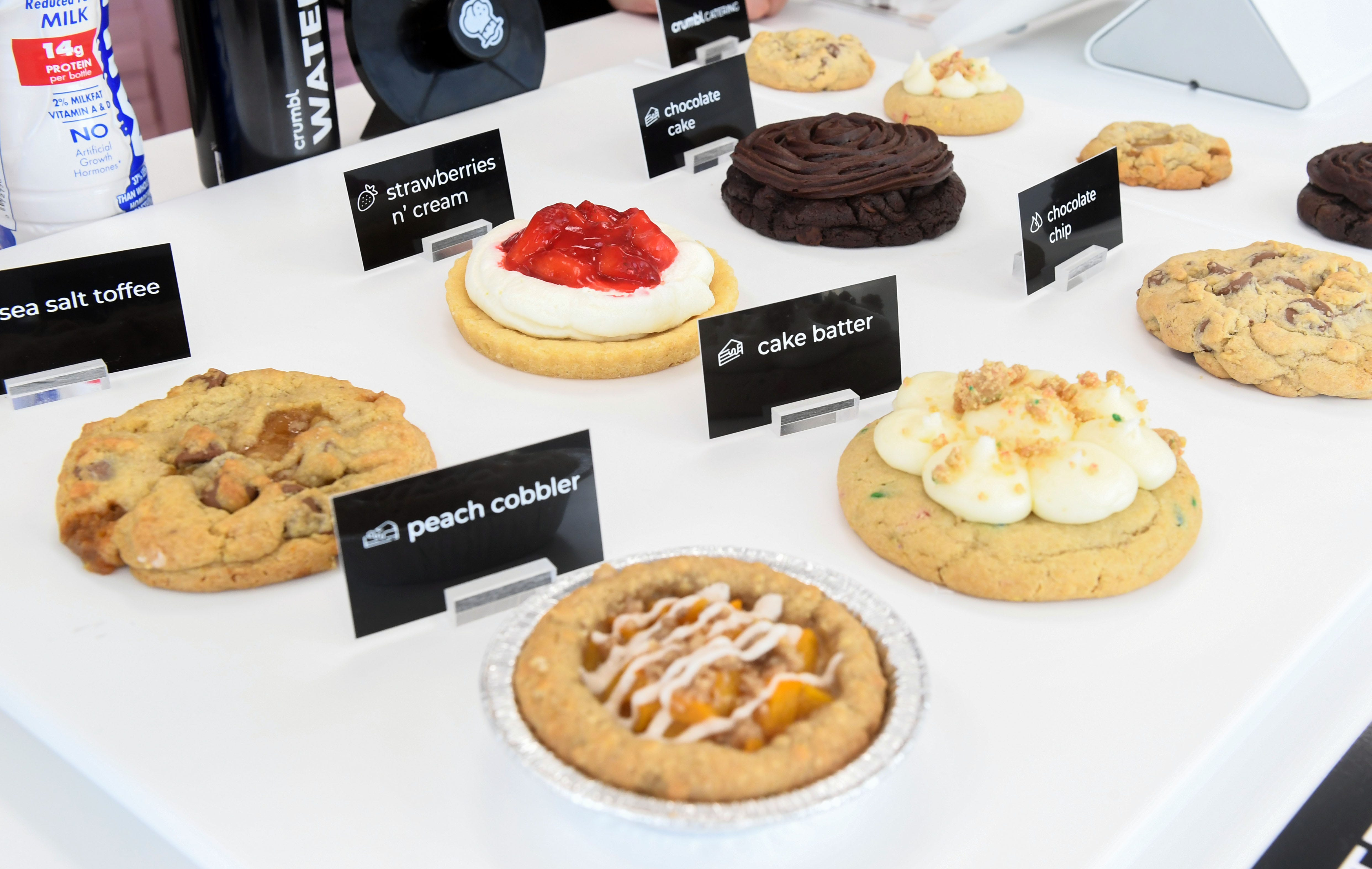 Viral TikTok cookie chain Crumbl Cookies opens Sioux Falls location