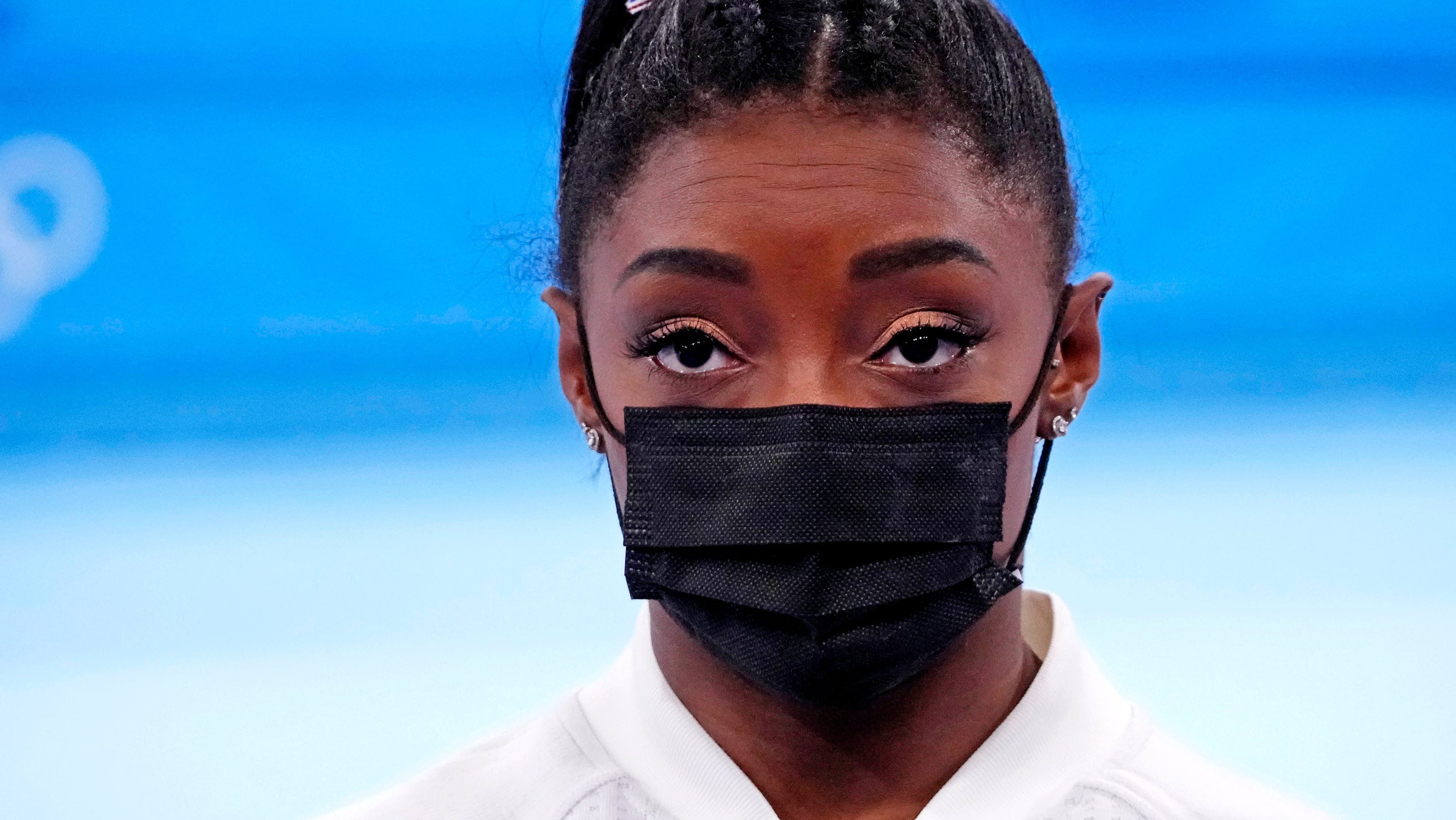 'The Olympics is overwhelming': Michael Phelps says he can relate to Simone Biles
