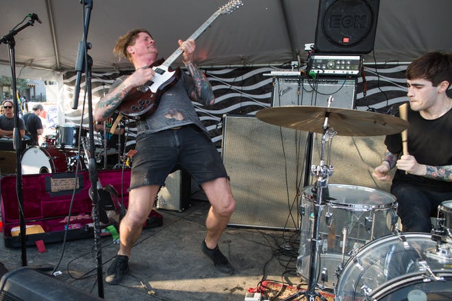 Psych-rock faves the Oh Sees will play two shows as part of Hotel Vegas' 10.5 year anniversary celebration.