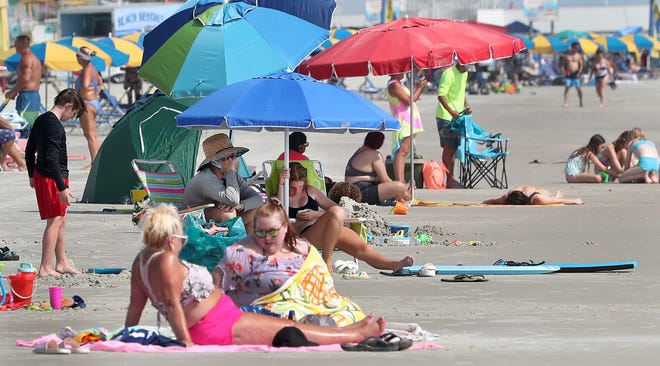 Beachgoers try to beat the heat at Sun Splash Park in Daytona Beach on Thursday, July 29, 2021. The heat index over the weekend is expected to hit 105 on Sunday.