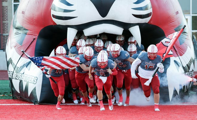 After missing last year due to COVID-19, Glen Rose ISD will kick off the 2021-22 year with Meet the Tigers at 6:30 p.m. on Friday, Aug. 6, at Tiger Stadium. Fans will get their first look at the football teams, cheerleaders, band, volleyball teams and much more.