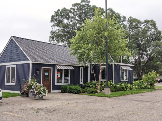 Captain's Cottage by Captain Sundae in Holland Township will permanently close its doors Sunday, Aug. 15. The building will be listed for lease.